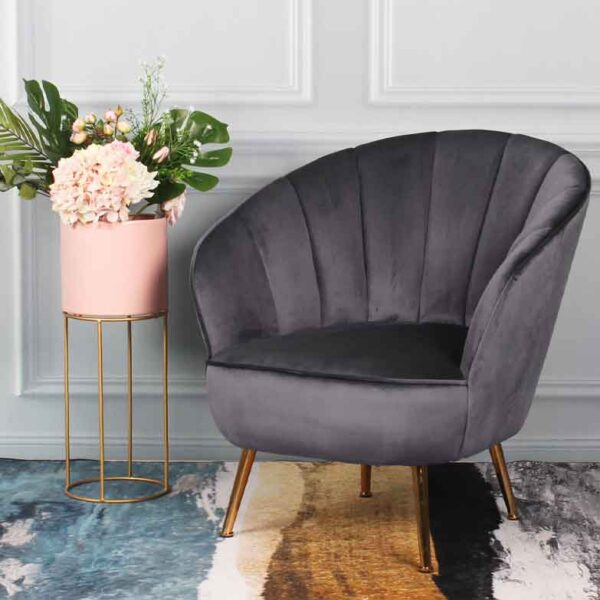 cadeirao-veludo-cinza
